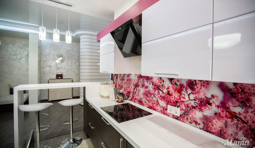 Дизайн интерьера и ремонт трехкомнатной квартиры по ул. Попова 33а 9