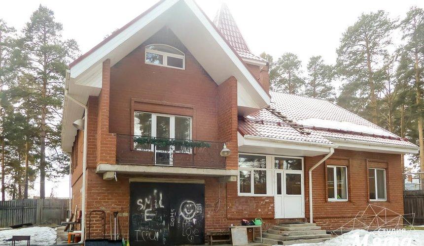 Дизайн фасада коттеджа 195 м2 в г. Екатеринбург 4